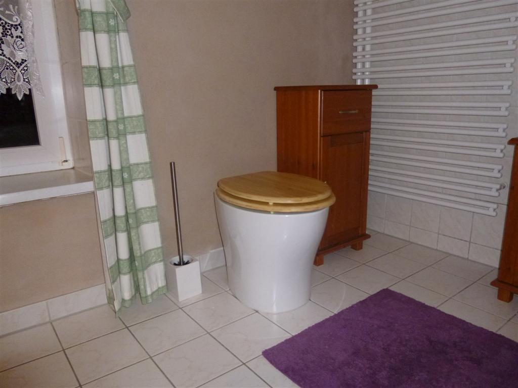trocken trenn toiletten www aqua. Black Bedroom Furniture Sets. Home Design Ideas